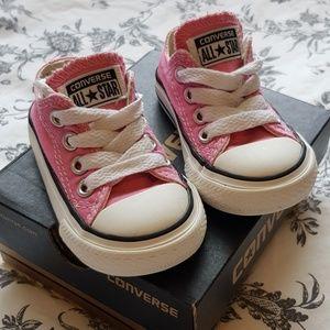 Pink Converse Chuck Taylor All Star